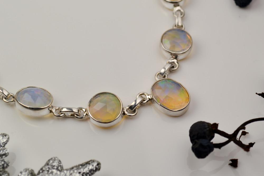 colier opal